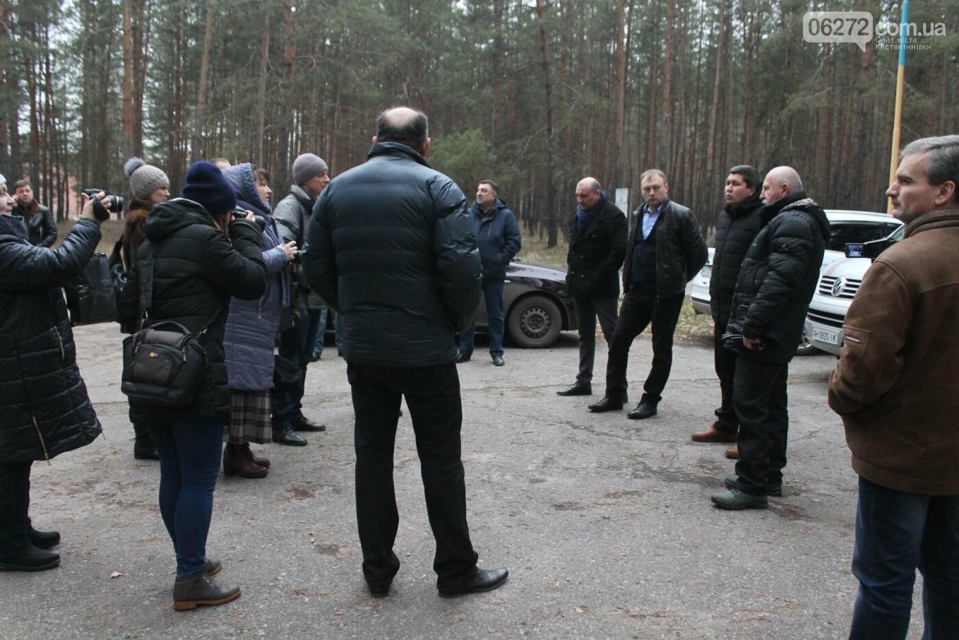 Вопрос передачи Лесной сказки в собственность области остается в обсуждении. Депутаты выехали на место, фото-1