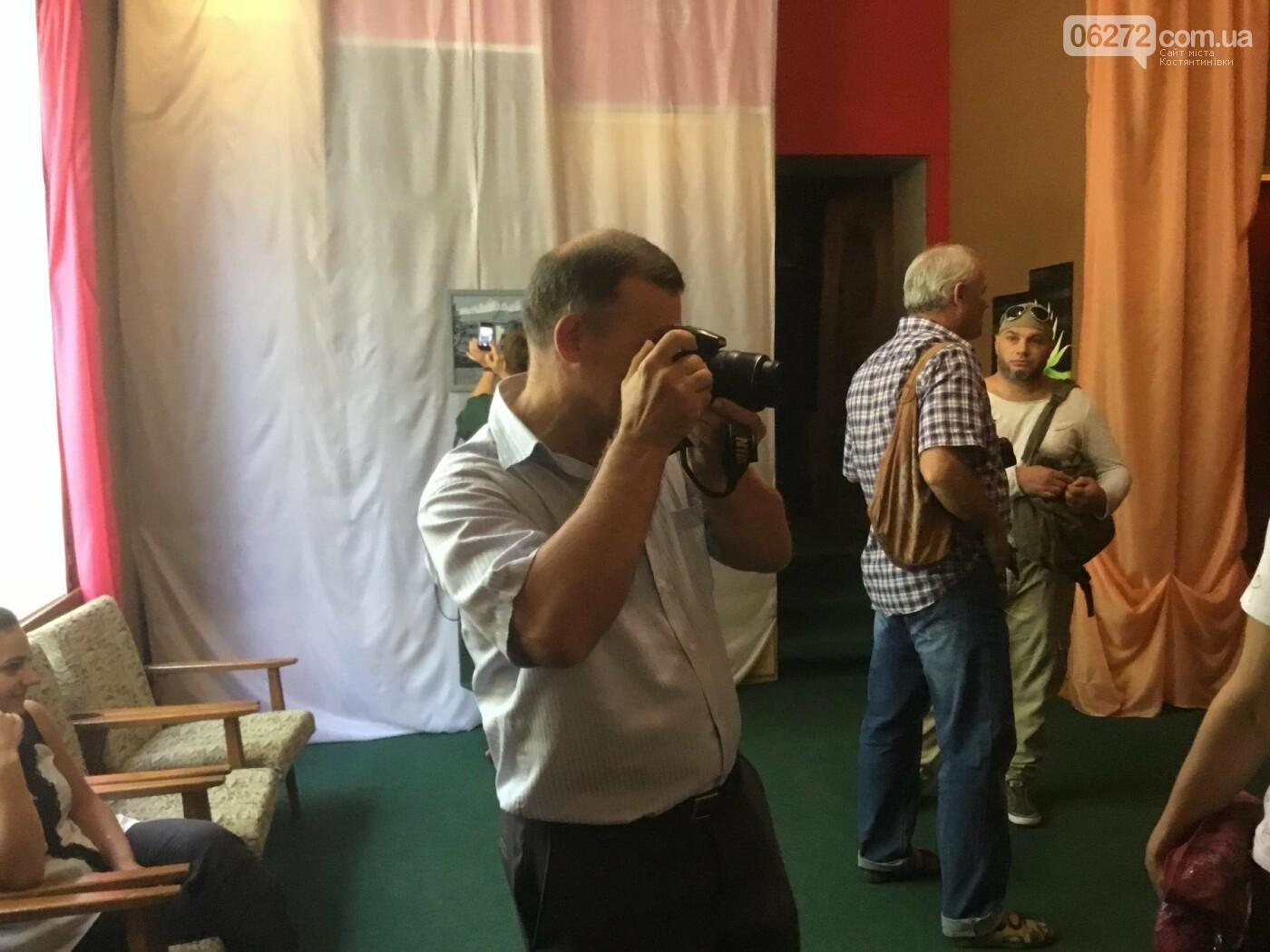 В Константиновке открылась выставка свободного художника, фото-8