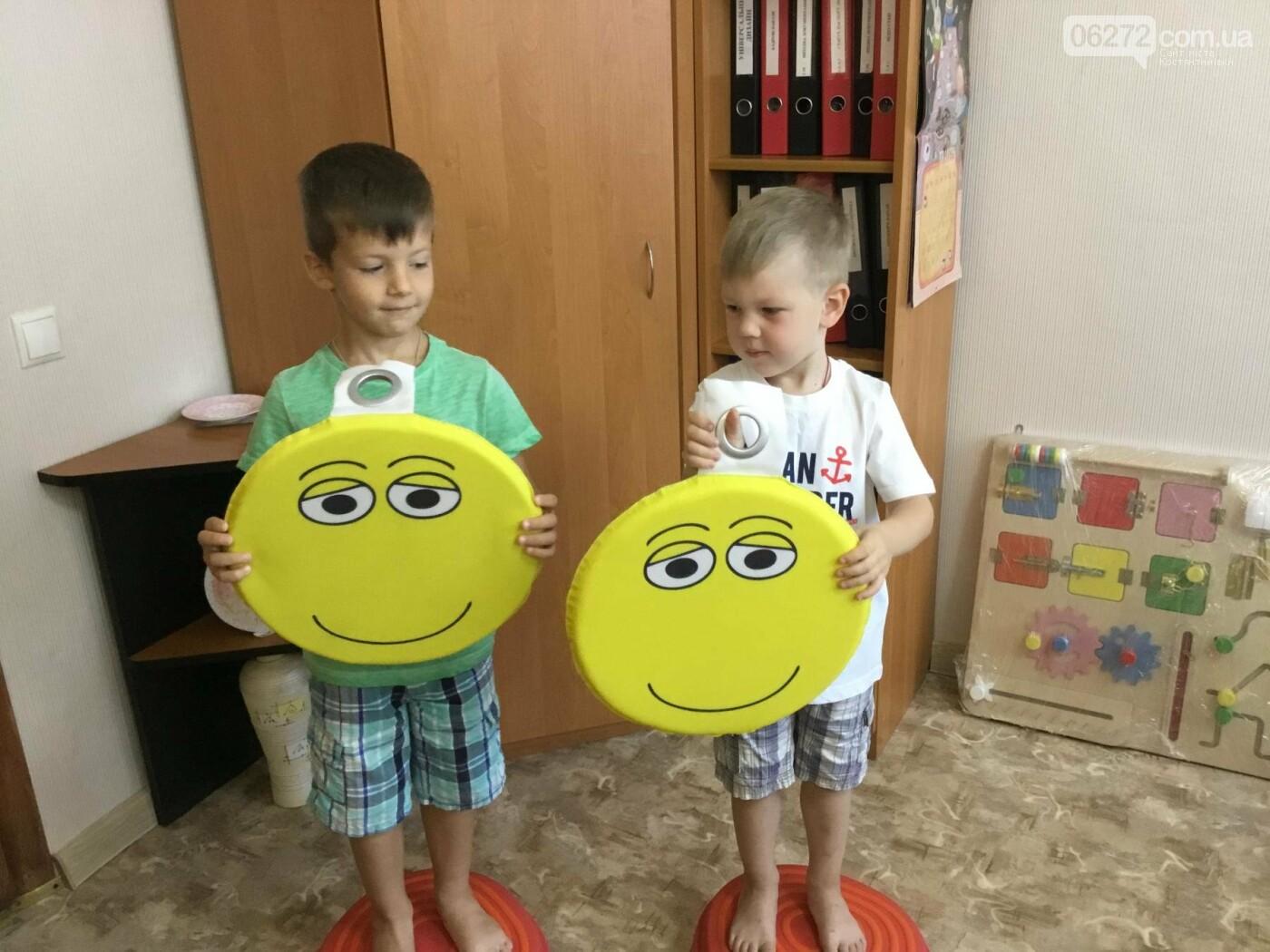 У Костянтинівці в дитячій інклюзивній групі з'явилось сучасне обладнання, фото-17