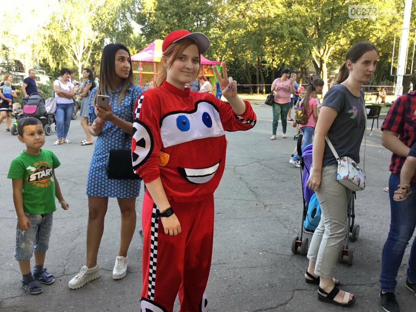 Вчера в Константиновке состоялся благотворительный праздник для детей (видео), фото-18