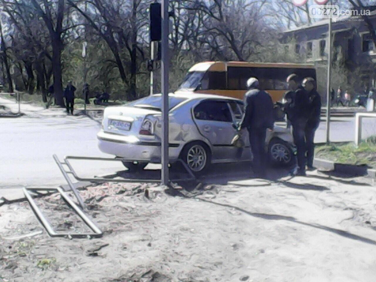 В Константиновке в результате ДТП пострадали трое человек, фото-2
