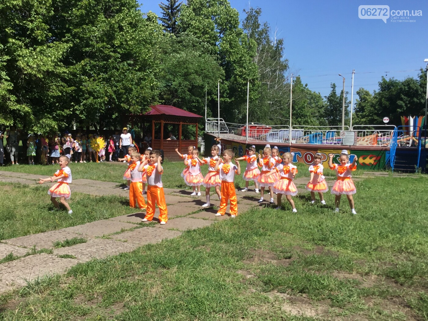 Діти Костянтинівки відкрили двері в літо (фото), фото-9