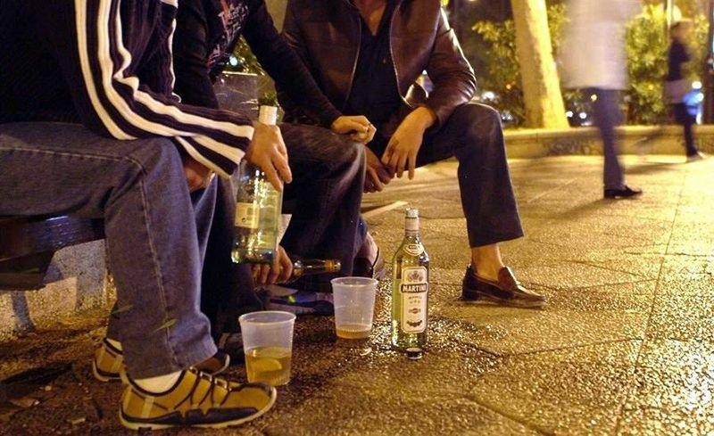 Распитие алкоголя в общественных местах (по Законам Украины), фото-1