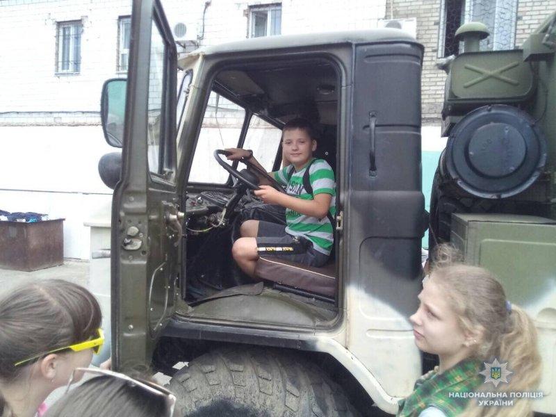 Школярі Костянтинівки побували у місцевому відділенні поліції, фото-5