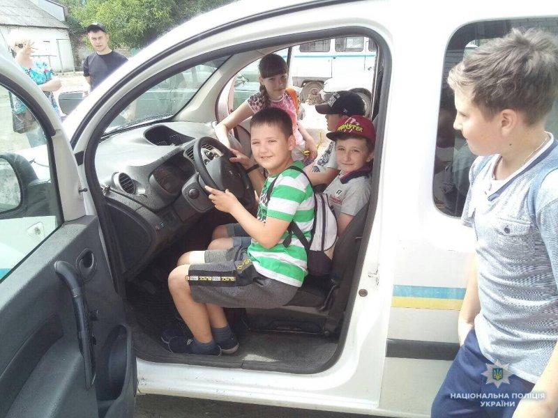 Школярі Костянтинівки побували у місцевому відділенні поліції, фото-6