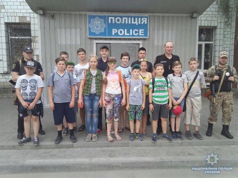 Школярі Костянтинівки побували у місцевому відділенні поліції, фото-1