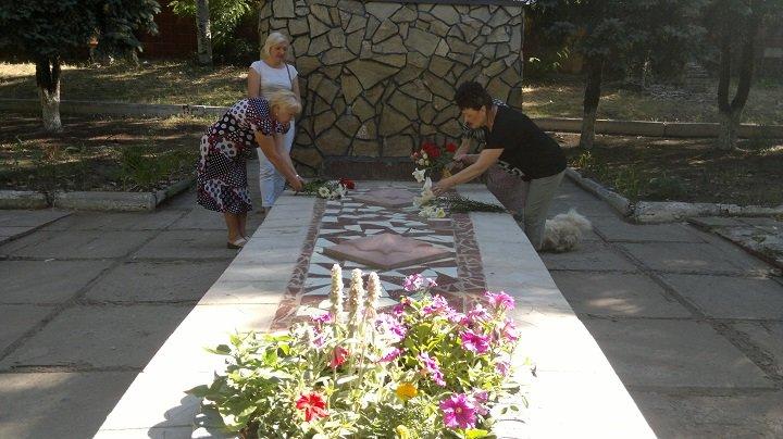 У Костянтинівці вшанували пам'ять жертв війни в Україні, фото-1