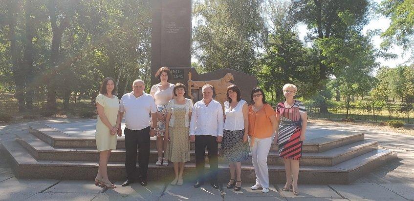У Костянтинівці вшанували пам'ять жертв війни в Україні, фото-6