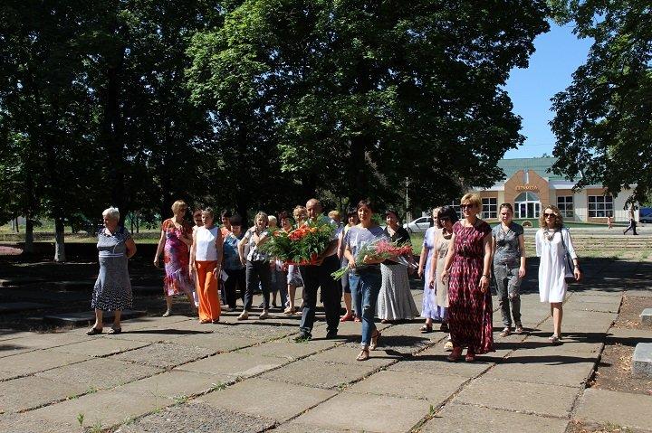 У Костянтинівці вшанували пам'ять жертв війни в Україні, фото-4