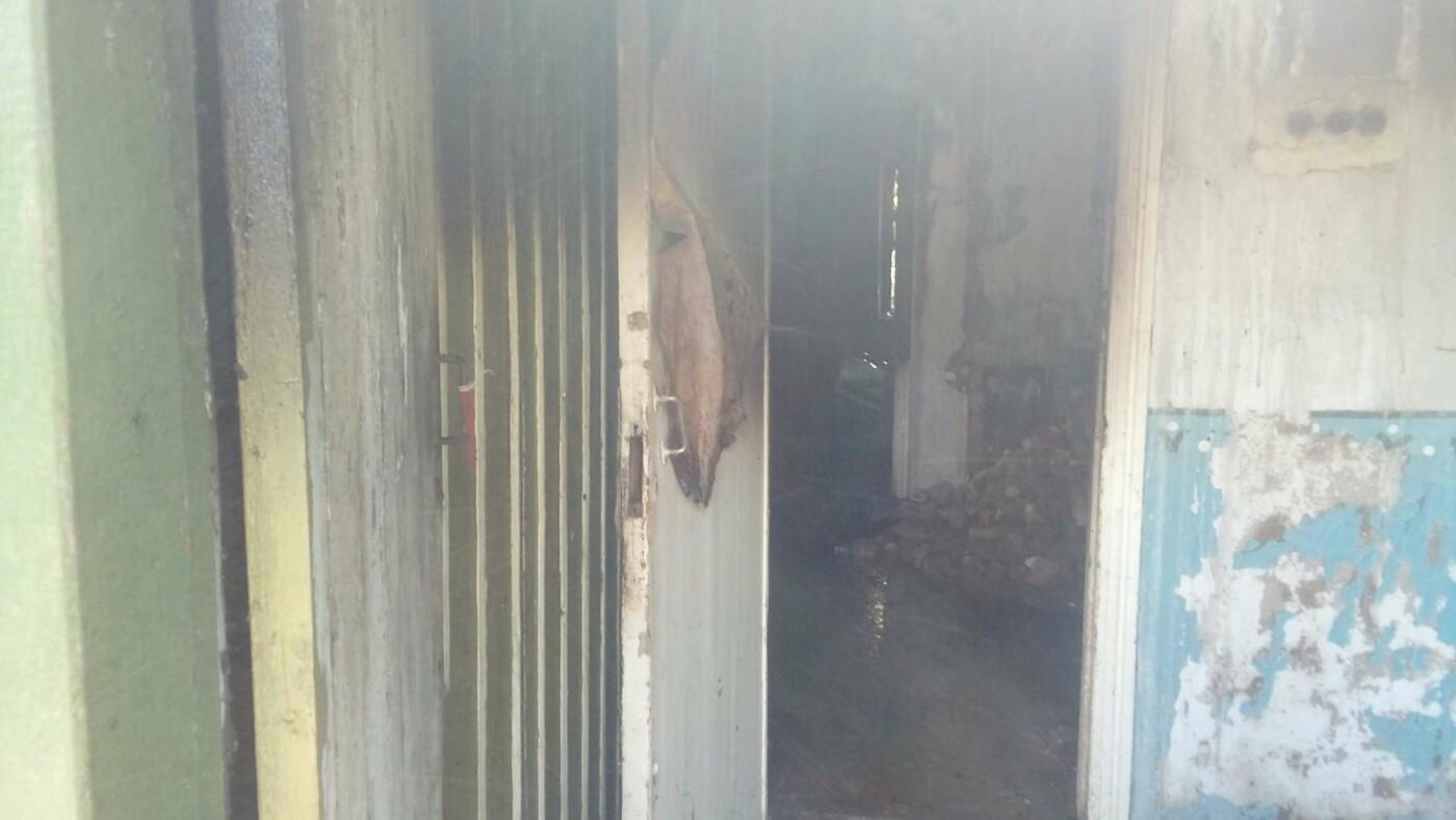 В Константиновке произошел пожар в частном доме, фото-1