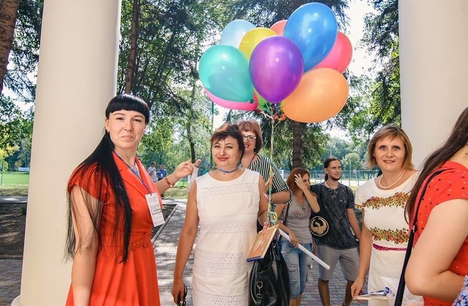 Виолетта Суханова из Константиновки объединила громаду ради будущего детей «Червоного», фото-2