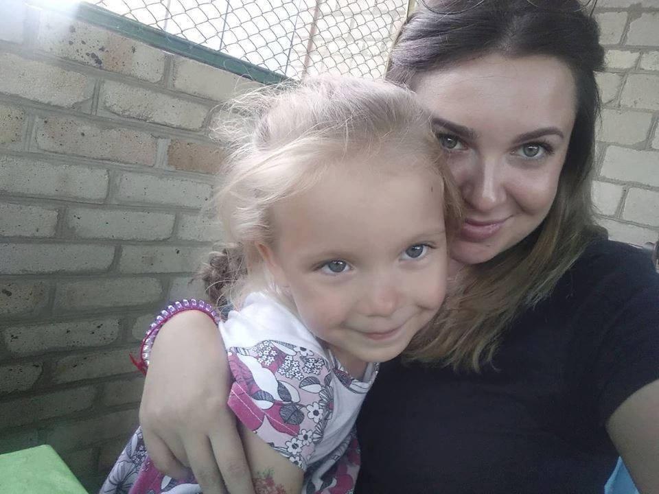 Костянтинівка долучилася до флешмобу «Обійми дитину», фото-5