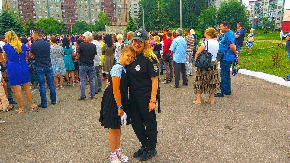 Костянтинівка долучилася до флешмобу «Обійми дитину», фото-10