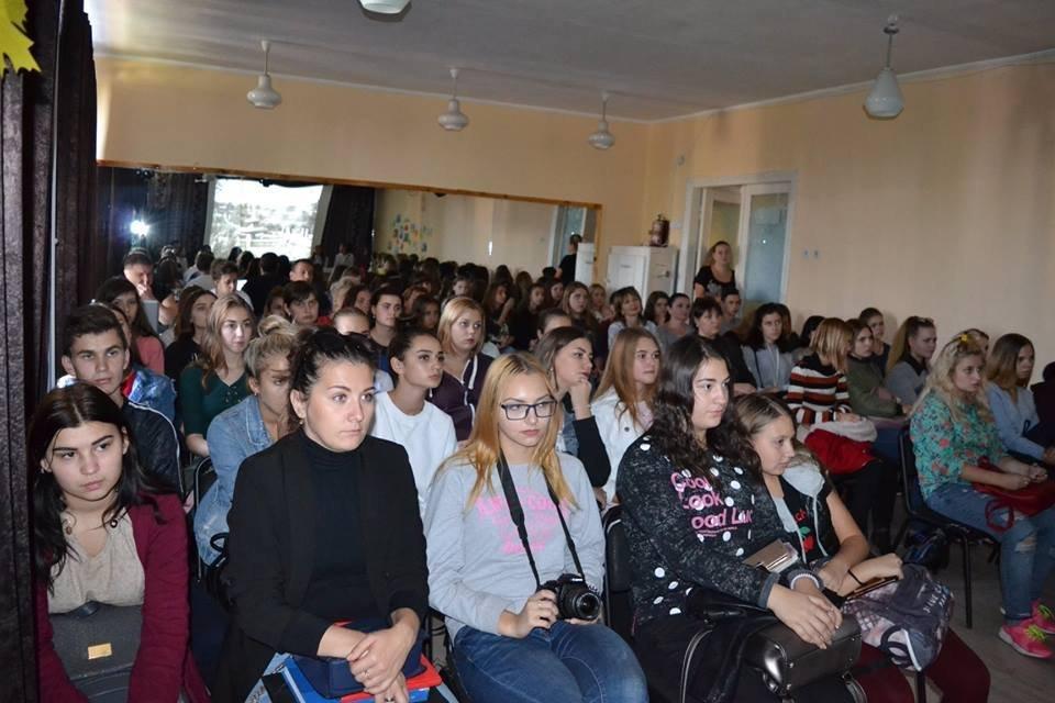 У Костянтинівці відкрила свої двері Літературна вітальня , фото-2