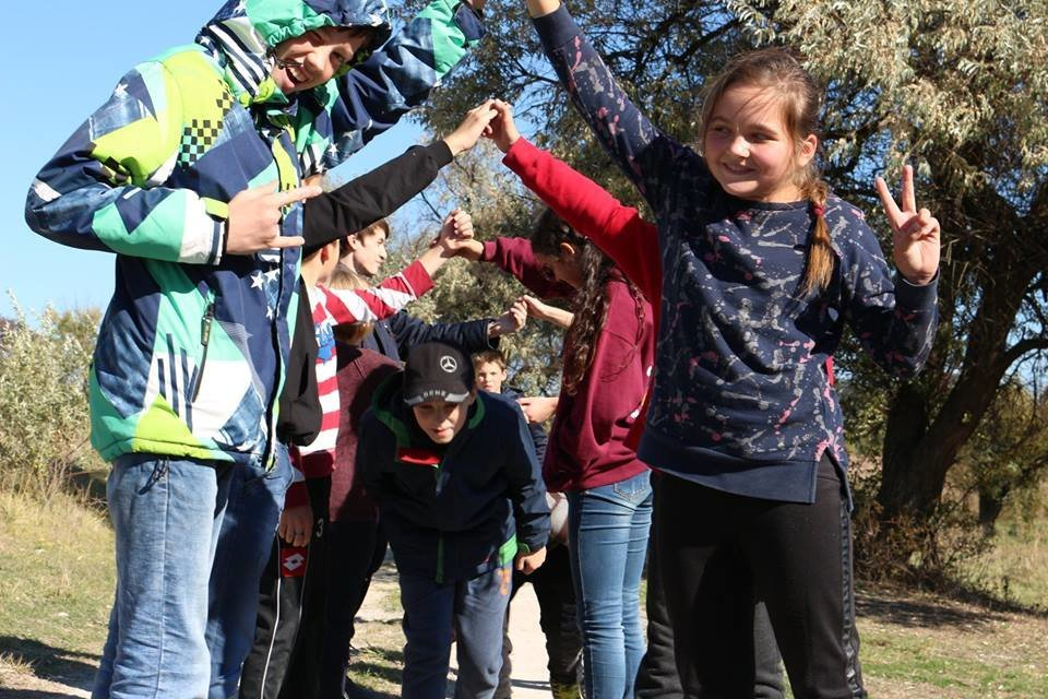 Діти із Костянтинівки провели вихідний день в Білокузьминівці, фото-5