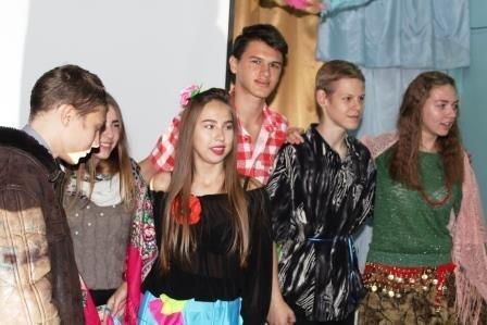 У Костянтинівці показали театралізовану виставу «А роми, як завжди, із піснею у серці», фото-4