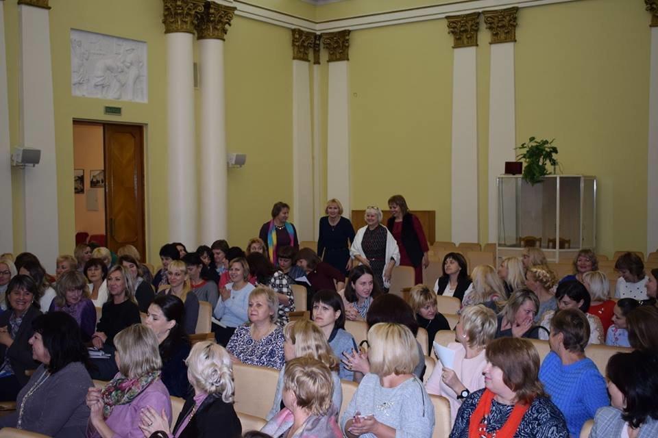 Оксана Корнєєва із Костянтинівки отримала диплом автора проекту «Впевнений старт», фото-3