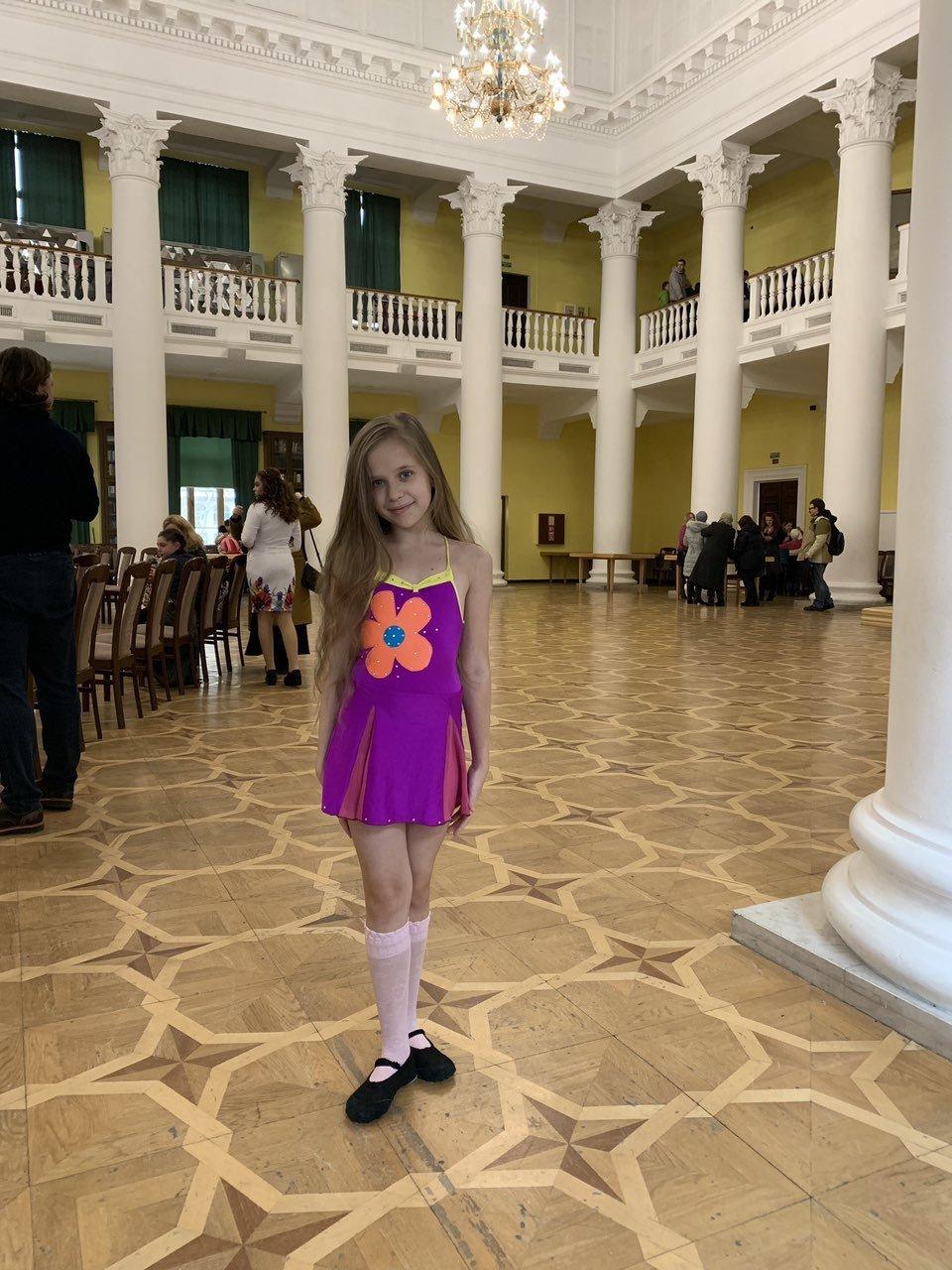 Софія Батаніна із Костянтинівки додому привезла  медаль з Міжнародного конкурсу «Україна – це ми», фото-1