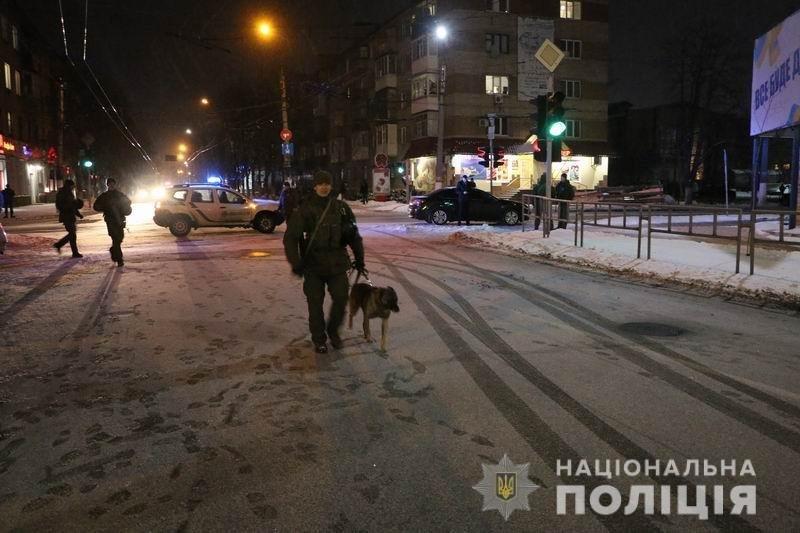 Жартівник із Слов'янська повідомив про замінування торгівельного центру, фото-2