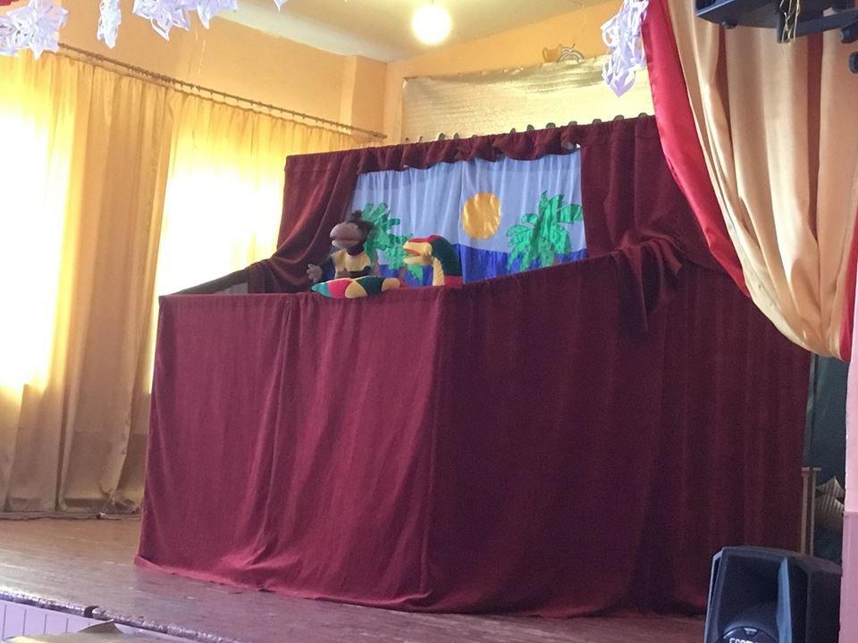 """Кукольный театр """"Овация"""" показал в Константиновке 4 спектакля, фото-3"""