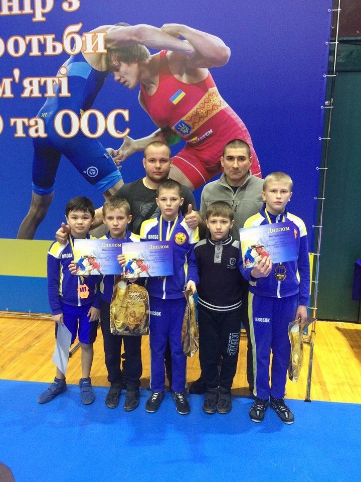 Борцы Константиновского района привезли медали с Всеукраинского турнира посвященного памяти погибших воинов АТО, фото-1