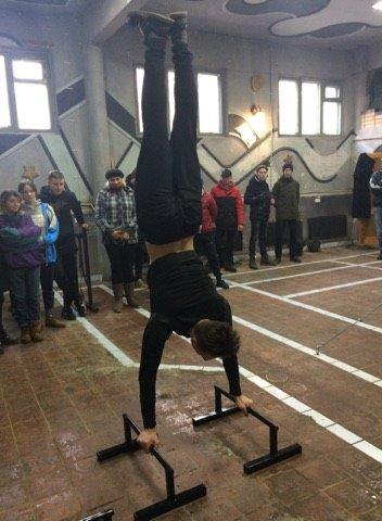 В Костянтинівці відкрили спортивну залу для тренувань воркаутом, фото-5