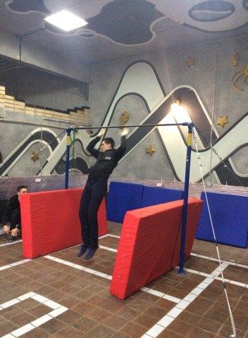 В Костянтинівці відкрили спортивну залу для тренувань воркаутом, фото-6