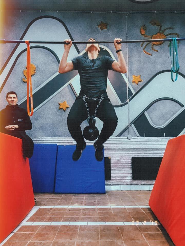 В Костянтинівці відкрили спортивну залу для тренувань воркаутом, фото-8