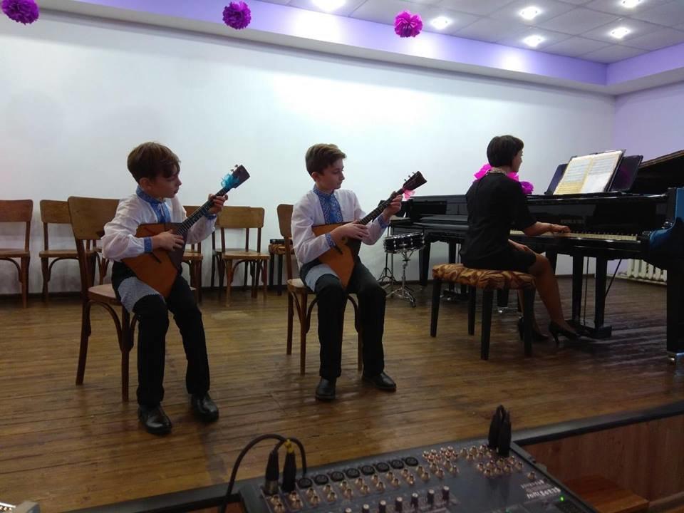 В Константиновской школе искусств состоялся творческий концерт отдела народных инструментов, фото-2