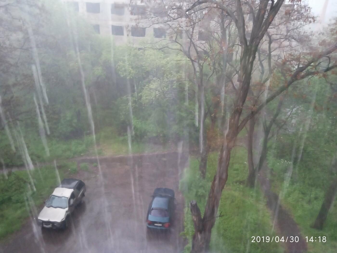 Злива, гроза та град. Фото вчорашньої негоди в Костянтинівці, фото-2