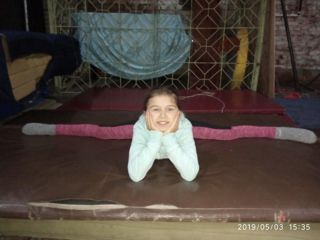 Катя Ларина из Константиновки показала свой талант на шоу «Круче всех», фото-4