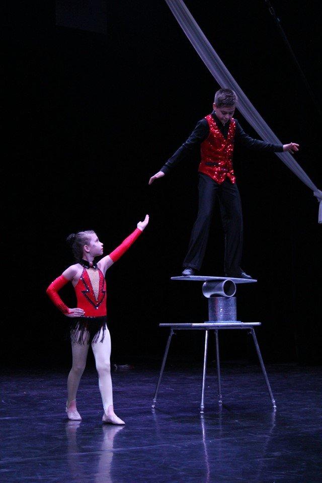 Студия «Каскад» из Константиновки стала победителем трех фестивалей циркового искусства, фото-1