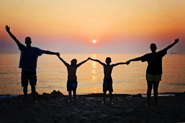 15 травня відзначається Міжнародний день сім'ї , фото-1