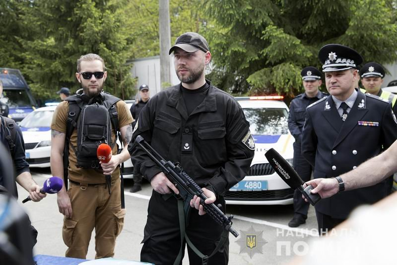 Прощай, «Калаш»: Полицейских вооружают немецкими пистолетами-пулеметами, фото-1