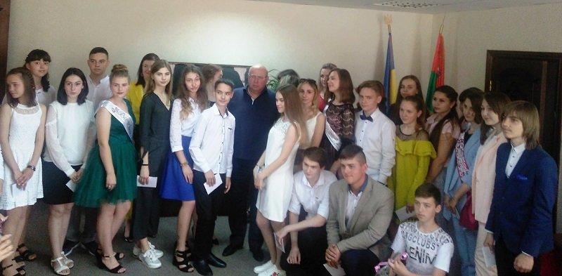 Одаренные ученики Константиновки получили стипендии, фото-3