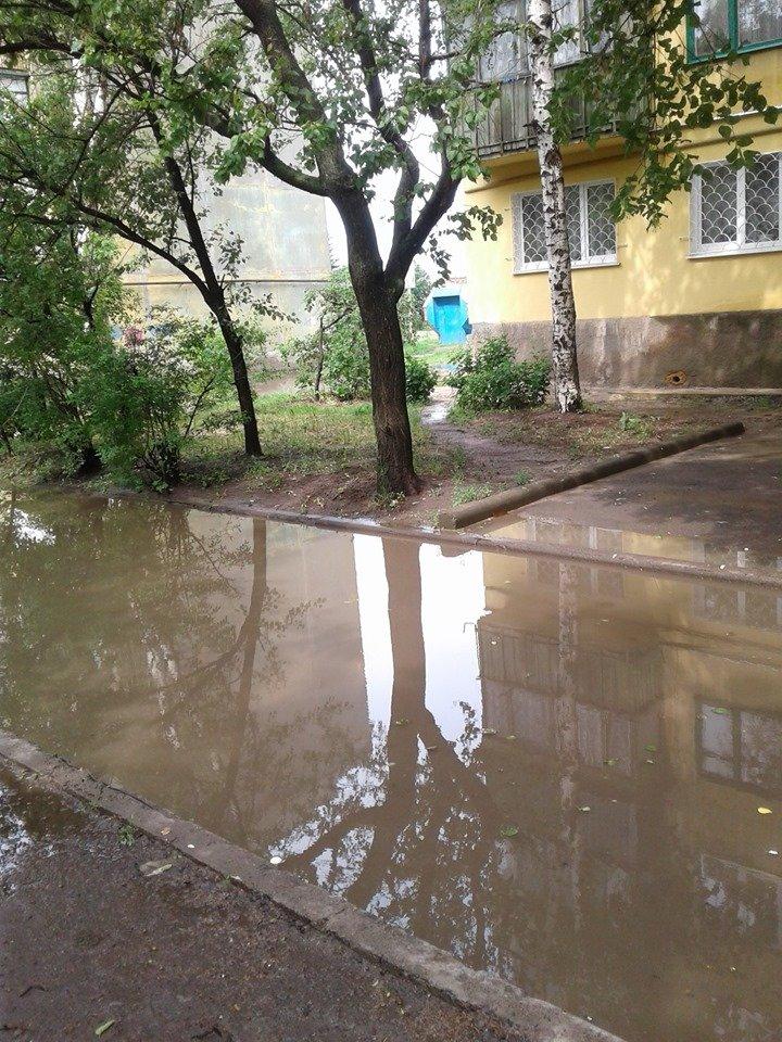 Затопленные тротуары Константиновки (фотофакт), фото-4