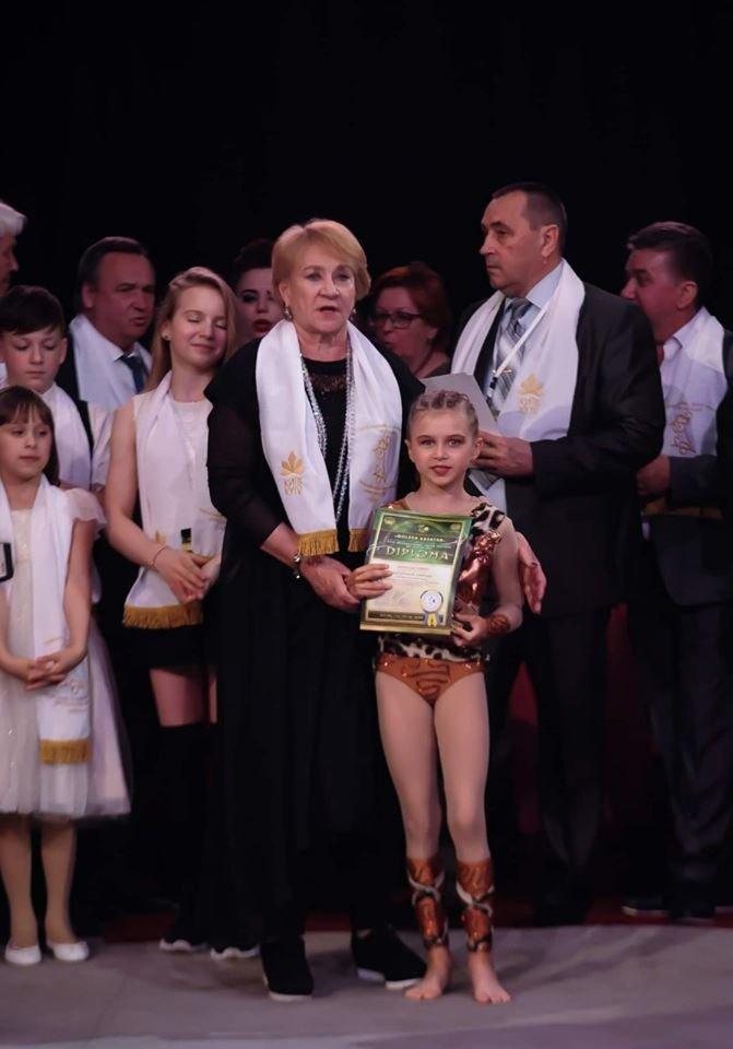 Воспитанница циркового коллектива «Арена» на международном фестивале получила «Бронзовый каштанчик», фото-2