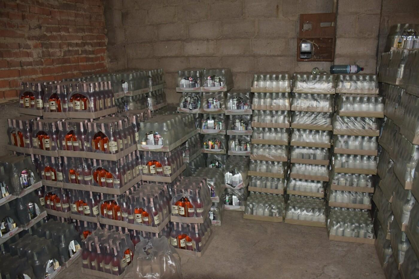 В Костянтинівці та Краматорську вилучили фальсифікований алкоголь на загальну  суму в 10 млн грн, фото-4