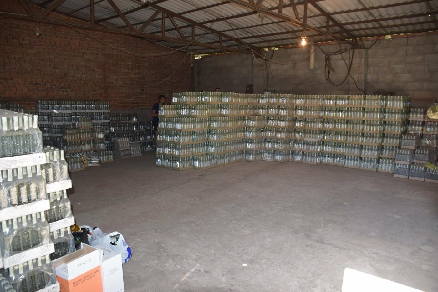 В Костянтинівці та Краматорську вилучили фальсифікований алкоголь на загальну  суму в 10 млн грн, фото-6