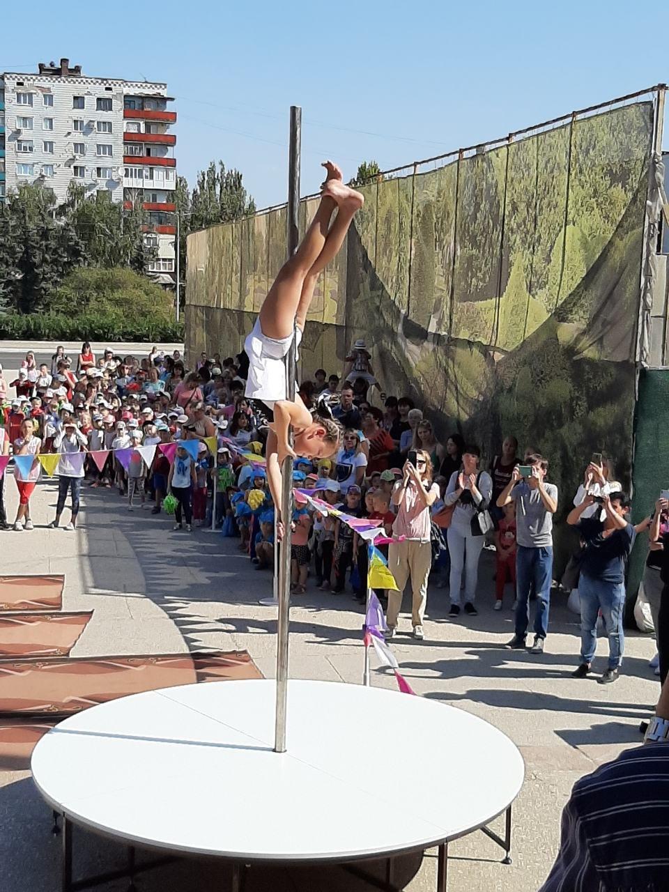 На площі Костянтинівки виступили провідні спортсмени міста, фото-1