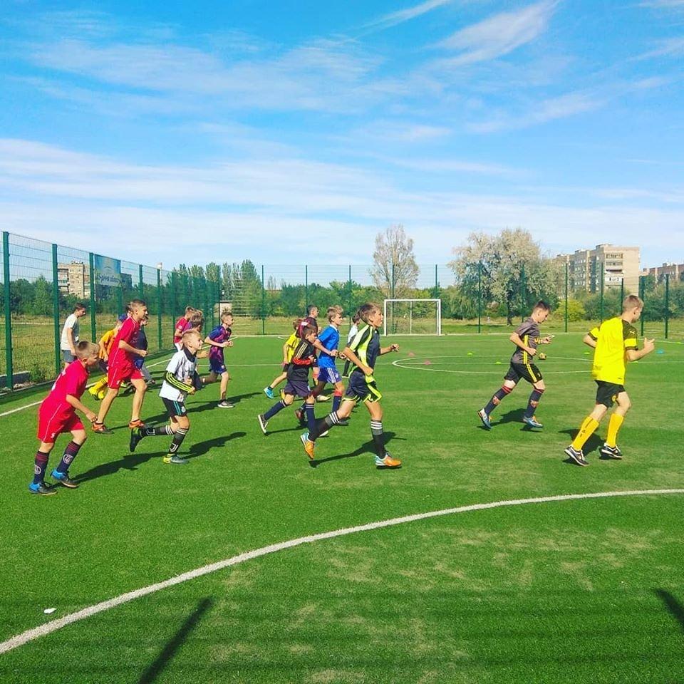 Двоє костянтинівців відкрили дитячий футбольний клуб, фото-4