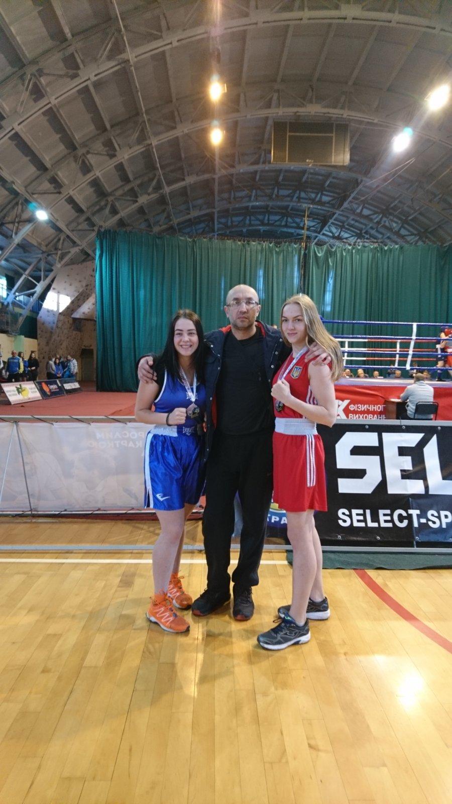 Єва Єриш із Костянтинівки стала двухкратною чемпіонкою України з боксу, фото-1