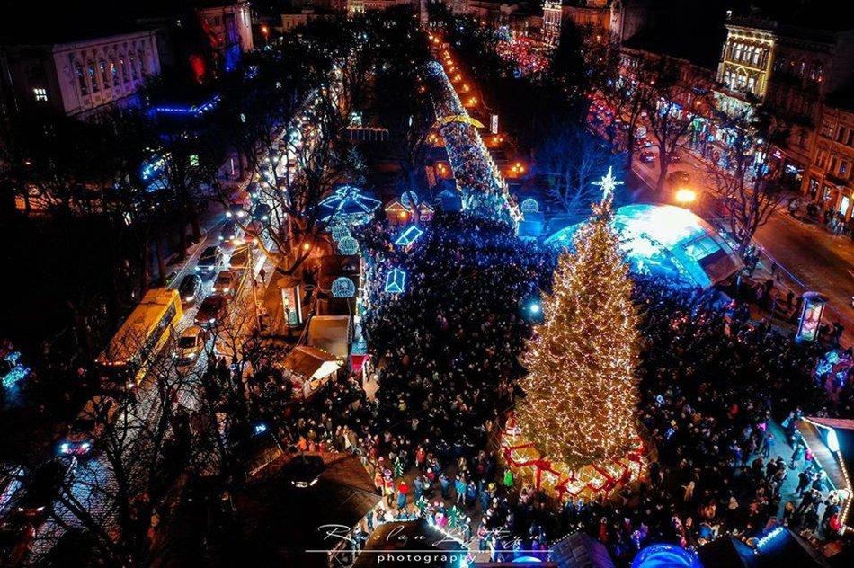 Ялинки України. Як виглядають головні Новорічні красуні у різних містах, фото-9