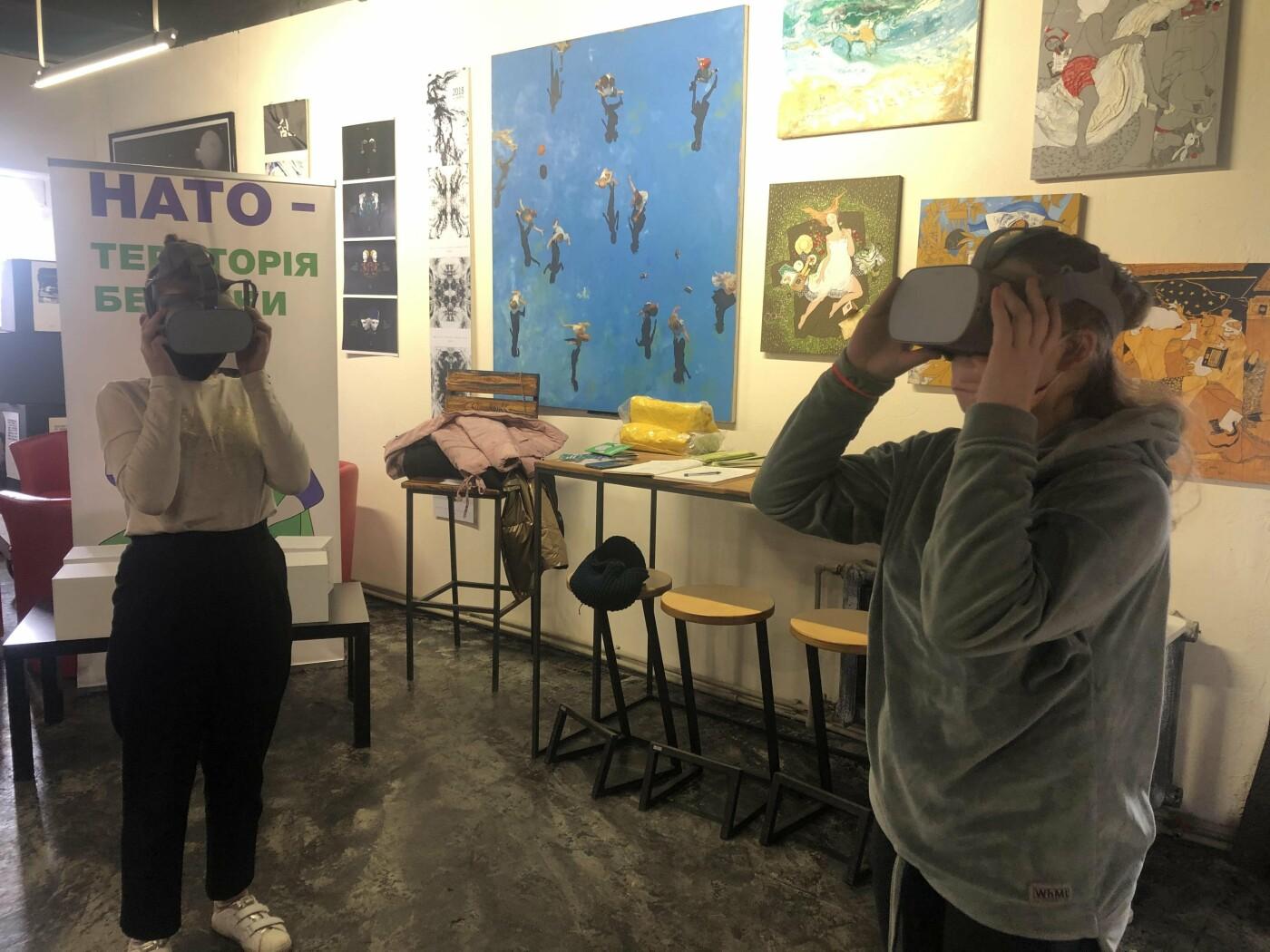 """""""І протидія пандеміям, і наукова співпраця"""": відвідувачі виставки """"НАТО - територія безпеки"""" дізналися реальні факти  про Альянс, фото-2"""